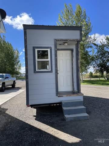 3196 E 3533 N, Twin Falls, ID 83301 (MLS #98819612) :: Team One Group Real Estate