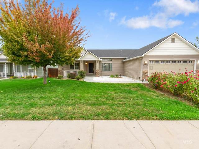 2607 Autumncrest St, Caldwell, ID 83607 (MLS #98819649) :: New View Team