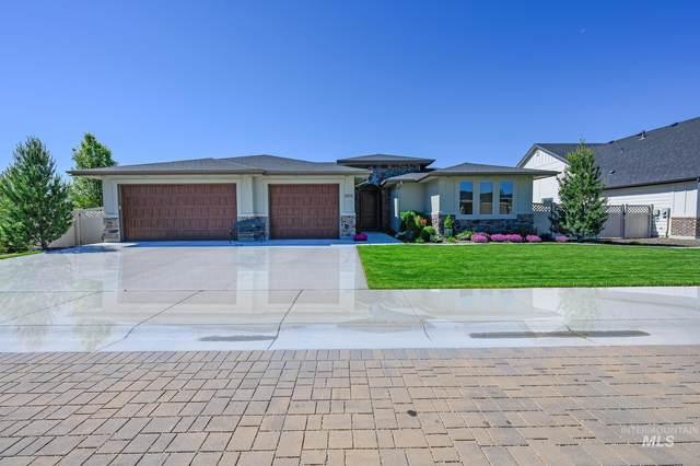3831 W Wapoot, Meridian, ID 83646 (MLS #98819662) :: Build Idaho