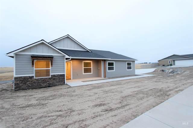 3211 18th St, Lewiston, ID 83501 (MLS #98819665) :: Bafundi Real Estate