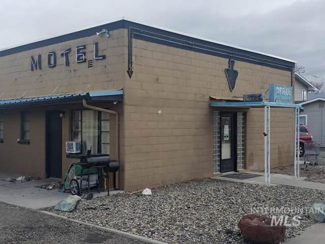 710 Emison, Nyssa, OR 97913 (MLS #98819733) :: Navigate Real Estate