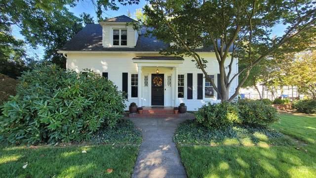 320 4th Street, Lewiston, ID 83501 (MLS #98819787) :: Story Real Estate