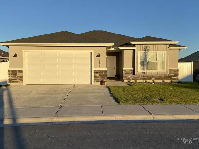 1365 Blue Grouse Way, Twin Falls, ID 83301 (MLS #98819812) :: Full Sail Real Estate