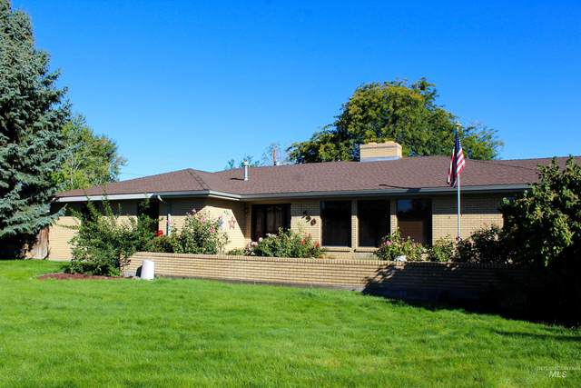 550 E 16TH North, Mountain Home, ID 83647 (MLS #98819838) :: Epic Realty