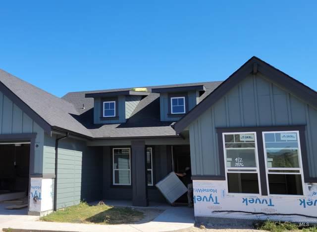 1876 N Peakhurt, Kuna, ID 83634 (MLS #98819869) :: Build Idaho