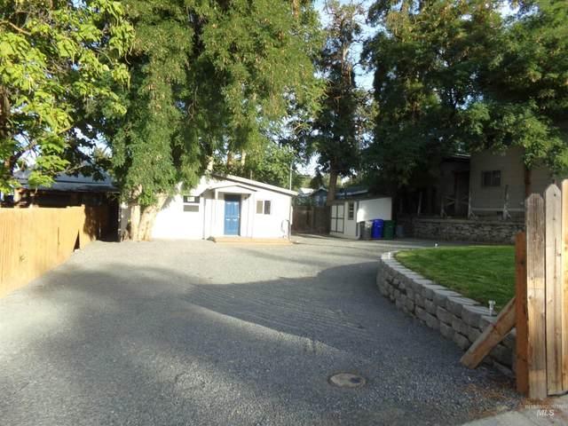 515 15th Street, Lewiston, ID 83501 (MLS #98819882) :: Story Real Estate