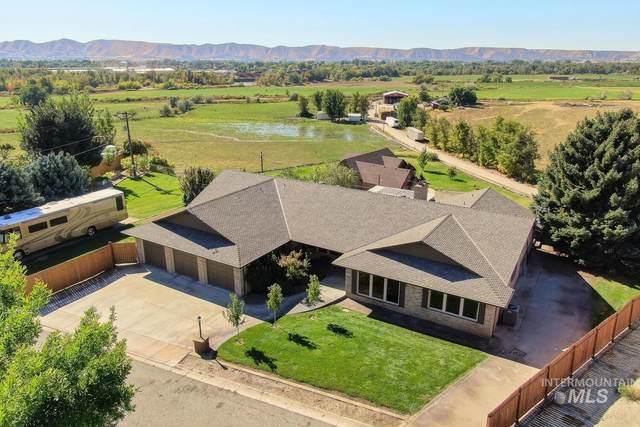 1029 Lilac Lane, Emmett, ID 83617 (MLS #98819910) :: Build Idaho