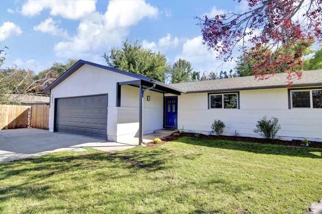 1433 W Kingswood, Meridian, ID 83646 (MLS #98819964) :: Story Real Estate