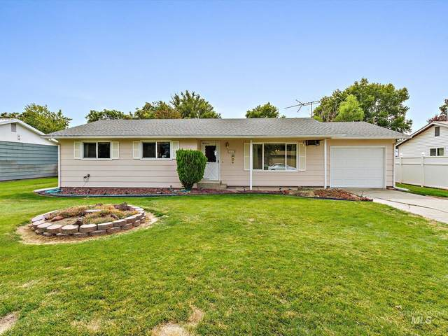 610 NW 2nd, Fruitland, ID 83619 (MLS #98820000) :: Story Real Estate