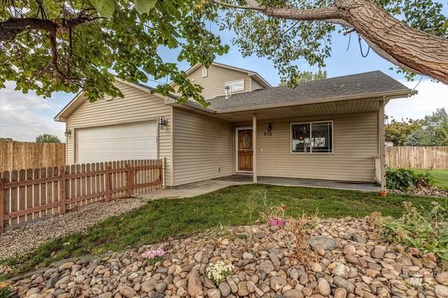 815 Bobwhite St, Fruitland, ID 83619 (MLS #98820001) :: Story Real Estate