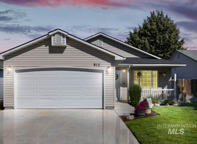 812 E Cottage Ave, Nampa, ID 83686 (MLS #98820130) :: The Bean Team