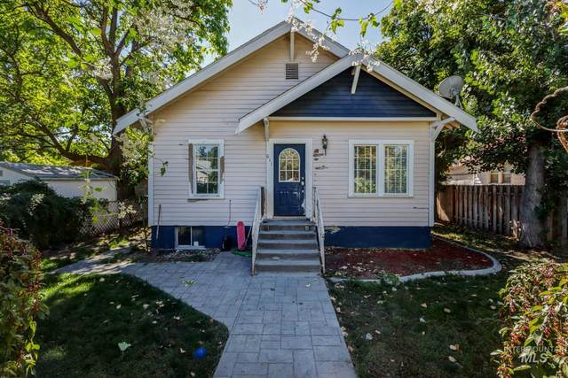 611 E 2nd, Emmett, ID 83617 (MLS #98820166) :: Minegar Gamble Premier Real Estate Services