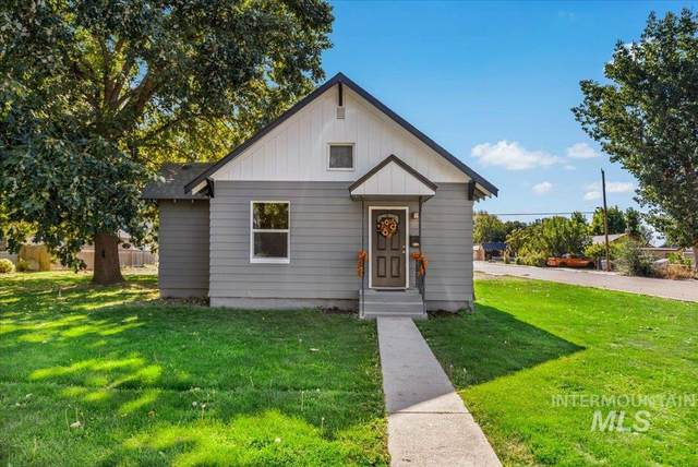 302 E Elgin St, Caldwell, ID 83605 (MLS #98820218) :: First Service Group