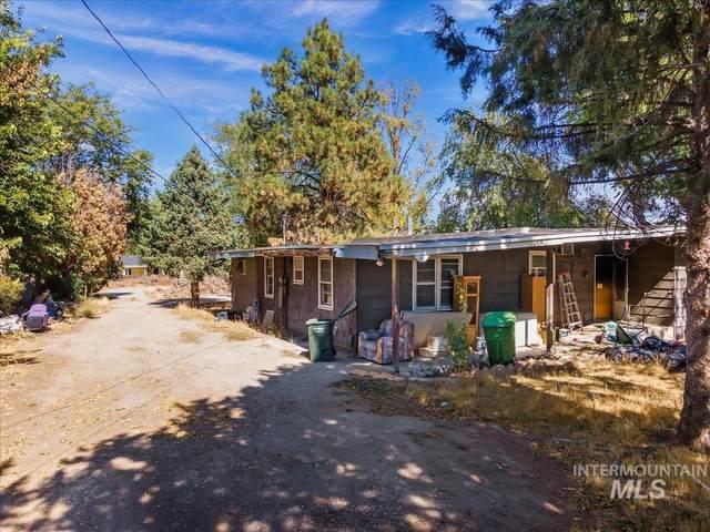 306 W Cherry Lane, Meridian, ID 83642 (MLS #98820233) :: Boise River Realty