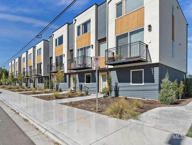 2230 W Kootenai Street, Boise, ID 83705 (MLS #98820274) :: New View Team