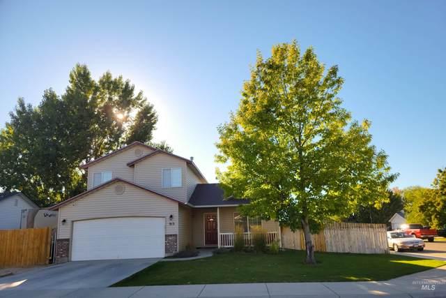 915 N Cranesbill Ave, Kuna, ID 83634 (MLS #98820336) :: Minegar Gamble Premier Real Estate Services