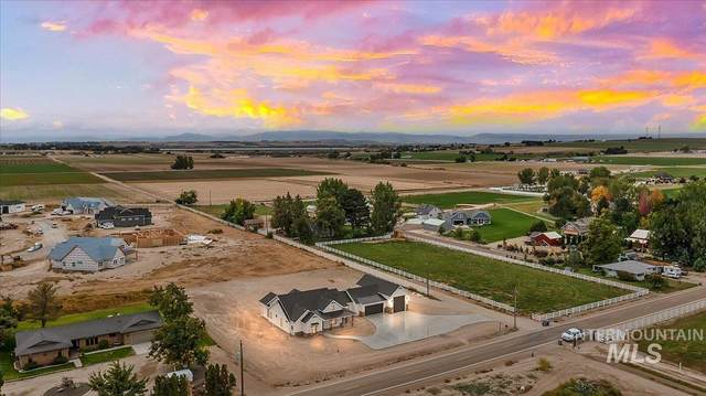 12481 Smith Ave, Nampa, ID 83651 (MLS #98820345) :: First Service Group