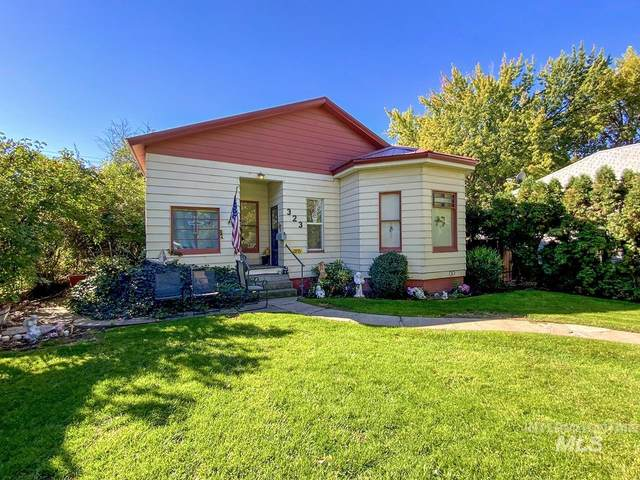 323 E Main St, Weiser, ID 83672 (MLS #98820356) :: Hessing Group Real Estate