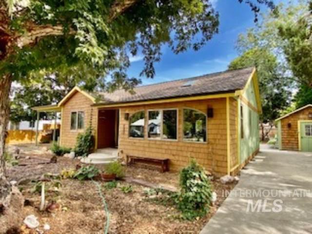 208 S Beach, Boise, ID 83705 (MLS #98820382) :: Idaho Life Real Estate
