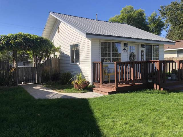 1013 Idaho Street, Gooding, ID 83330 (MLS #98820394) :: Hessing Group Real Estate