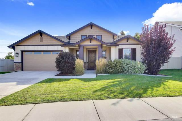 4422 S Carina Way, Meridian, ID 83642 (MLS #98820462) :: First Service Group