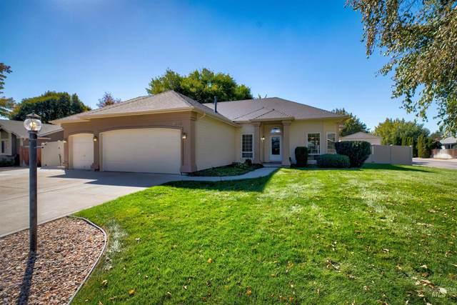 2245 N Laughridge Avenue, Meridian, ID 83642 (MLS #98820493) :: Team One Group Real Estate