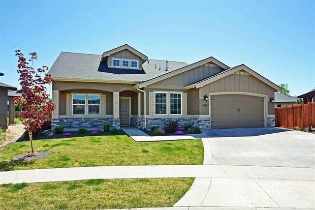 5800 N Red Hills Pl, Meridian, ID 83646 (MLS #98820504) :: Full Sail Real Estate
