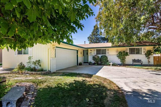 43 S Westwood St, Nampa, ID 83651 (MLS #98820560) :: Michael Ryan Real Estate