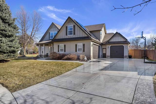 1072 N Beachwood Ct, Eagle, ID 83616 (MLS #98820587) :: Bafundi Real Estate