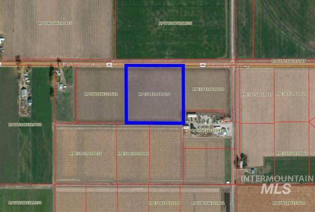 1893 E Black Canyon, Emmett, ID 83617 (MLS #98820664) :: Bafundi Real Estate