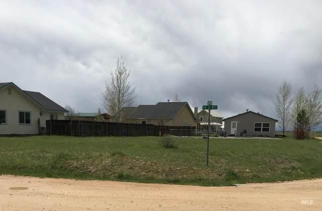 Bare ground Timber Ave., Fairfield, ID 83327 (MLS #98820761) :: Idaho Real Estate Advisors