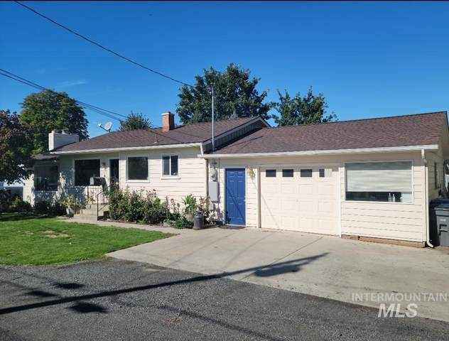 733 Airway Ave, Lewiston, ID 83501 (MLS #98820860) :: Epic Realty