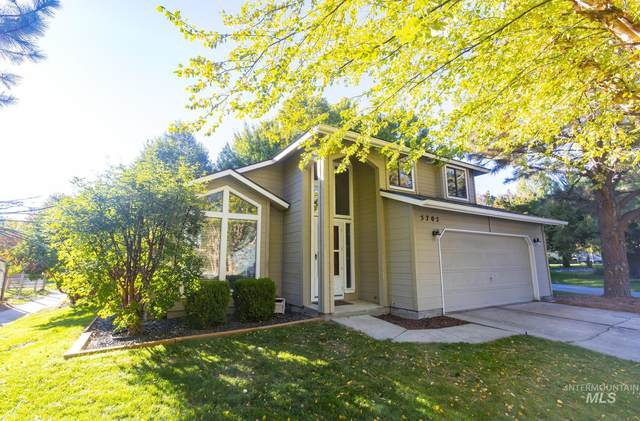 5705 W Parapet Ct., Boise, ID 83703 (MLS #98821073) :: First Service Group