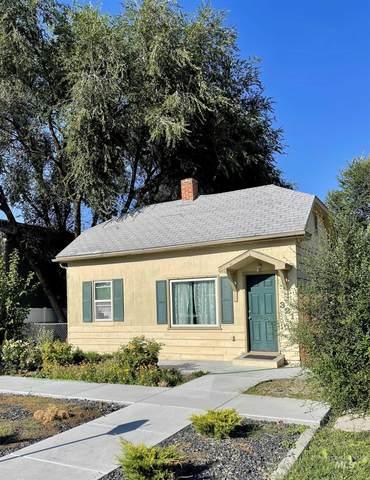 321 E Denver, Caldwell, ID 83605 (MLS #98821116) :: Minegar Gamble Premier Real Estate Services