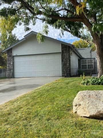 1981 N Interlachen, Meridian, ID 83646 (MLS #98821125) :: Idaho Life Real Estate