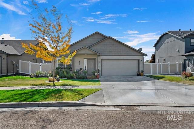 3865 S Windy Ridge, Nampa, ID 83686 (MLS #98821160) :: Idaho Life Real Estate