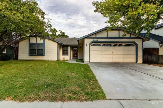 2088 N Currant Pl, Boise, ID 83704 (MLS #98821171) :: Idaho Life Real Estate
