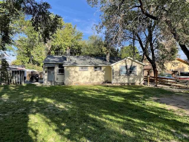 422/424 N N 10th East, Mountain Home, ID 83647 (MLS #98821300) :: Team One Group Real Estate