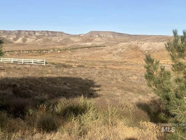 7753 Hidden Valley Rd, Marsing, ID 83639 (MLS #98821305) :: Juniper Realty Group