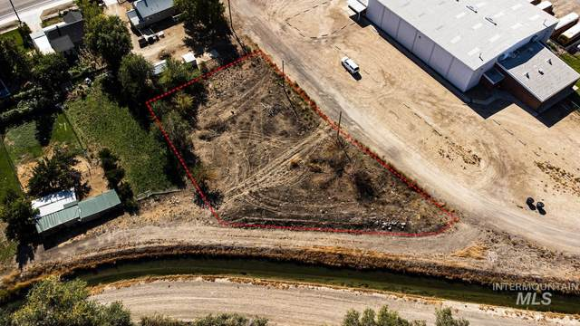 110 W 8th Ave, Marsing, ID 83639 (MLS #98821312) :: Idaho Real Estate Advisors