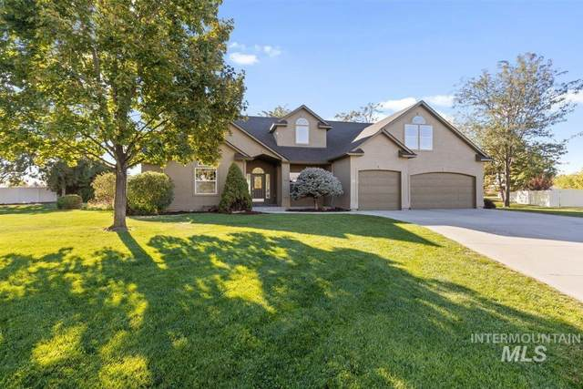 12 N Seabiscuit Ave, Nampa, ID 83687 (MLS #98821431) :: Bafundi Real Estate