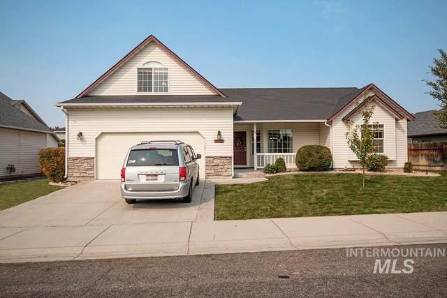 1832 W Lonesome Dove, Meridian, ID 83646 (MLS #98821593) :: Idaho Real Estate Advisors