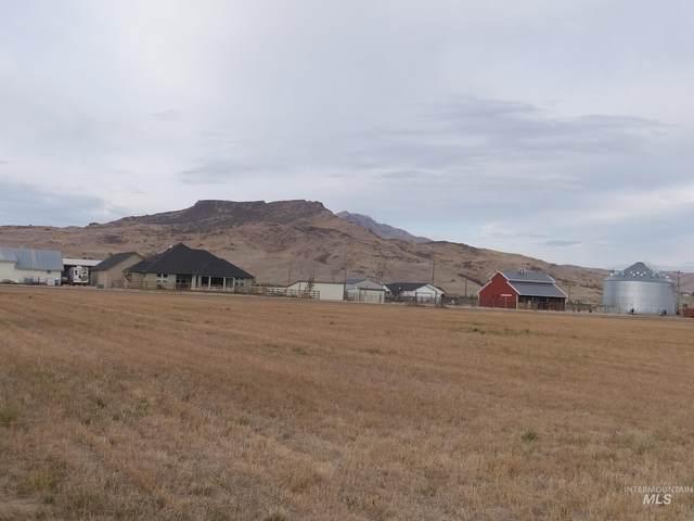 1800 E Idaho Blvd., Emmett, ID 83617 (MLS #98821610) :: Bafundi Real Estate