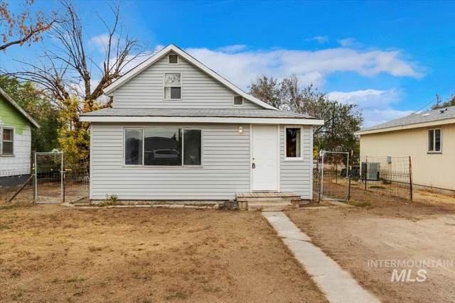 830 4th Ave W, Twin Falls, ID 83301 (MLS #98821730) :: Epic Realty