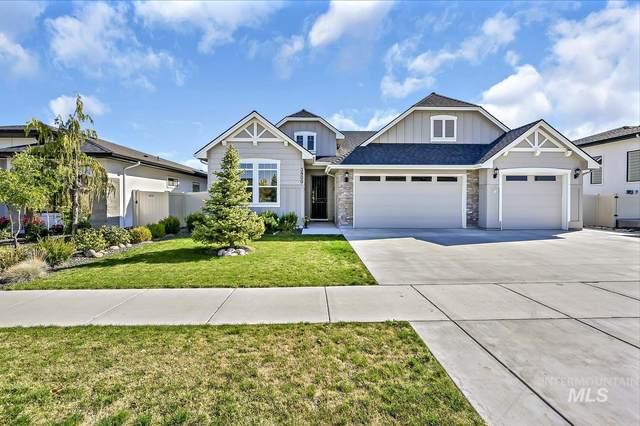 3900 S Lone Pine Ave, Meridian, ID 83642 (MLS #98821758) :: Full Sail Real Estate