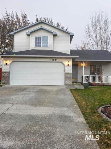 11923 W Blueberry Ave, Nampa, ID 83651 (MLS #98821762) :: Own Boise Real Estate