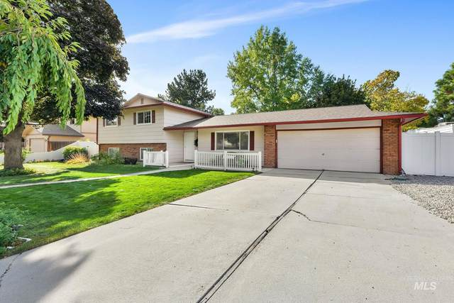 3033 S Chieftain, Boise, ID 83709 (MLS #98821812) :: City of Trees Real Estate