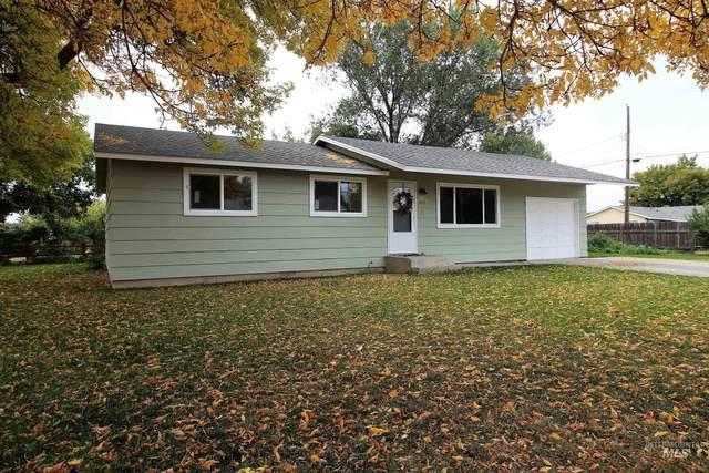 1375 E 3rd South, Mountain Home, ID 83647 (MLS #98821844) :: Idaho Real Estate Advisors