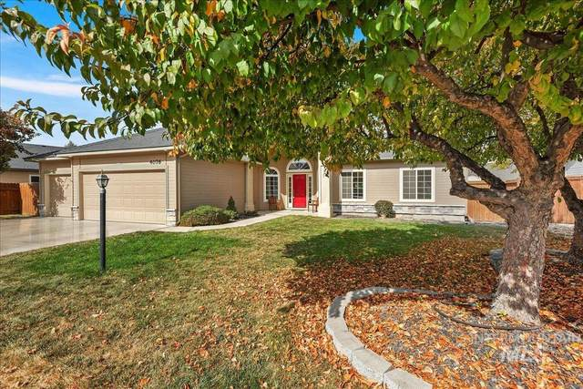 4076 W Moon Lake St, Meridian, ID 83646 (MLS #98821888) :: Team One Group Real Estate