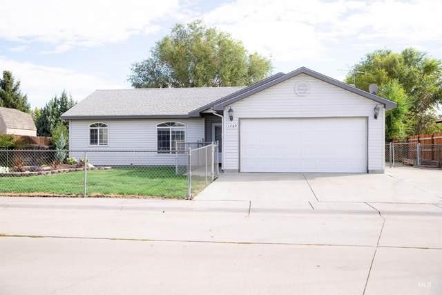 1260 Del Rio, Mountain Home, ID 83647 (MLS #98821959) :: Idaho Real Estate Advisors